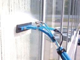 Мойка и мытьё окон от ООО Педант